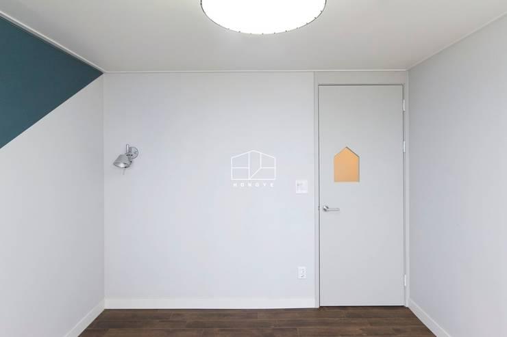 Fenêtres & Portes de style  par 홍예디자인