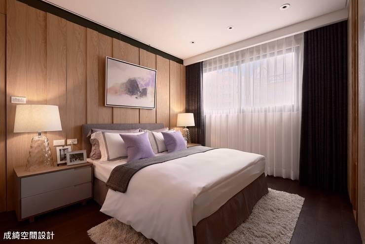 Bedroom by 成綺空間設計