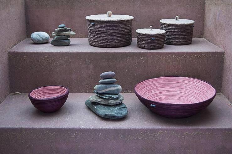 Bowls & Boxes: Casa  por Jinja