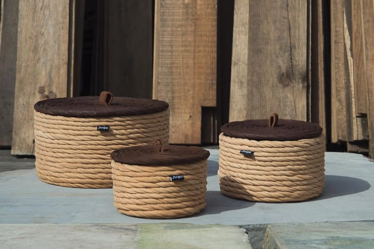 Cork Boxes: Casa de banho  por Jinja