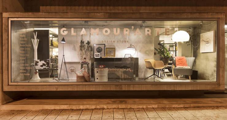 Loja -  Matosinhos: Sala de estar  por Glamour'arte