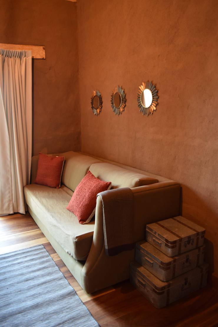 Chambre de style  par MORADA CUATRO,