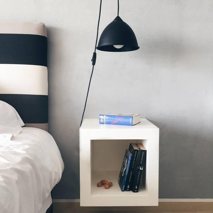 Dormitorio MR: Dormitorios de estilo  por Estudio CRUDO,