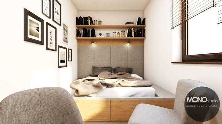 Спальни в . Автор – MONOstudio