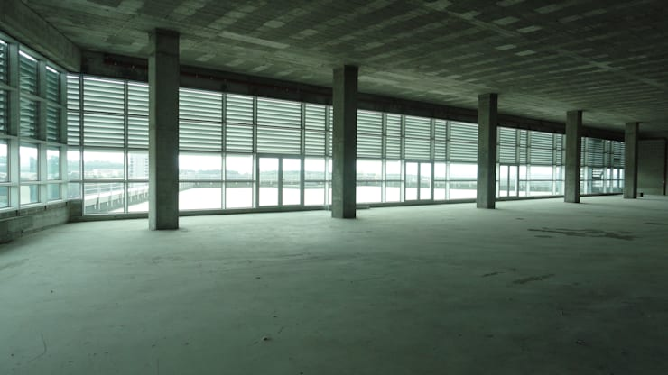 Comércio/Serviços e Silo Automóvel: Garagens e arrecadações  por 2levels, Arquitetura e Engenharia, Lda