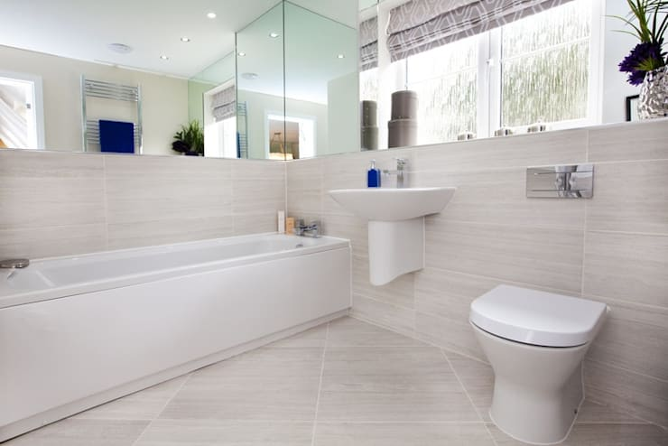 Bathroom by Graeme Fuller Design Ltd