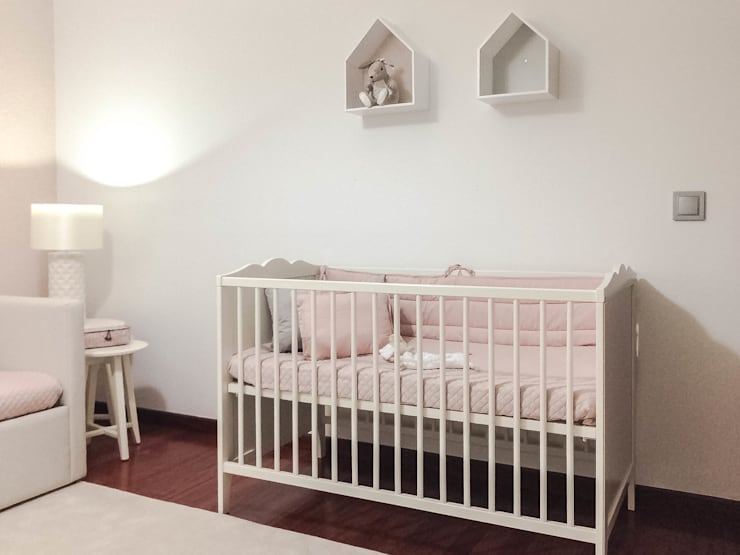 Nursery/kid's room by Tó Liss