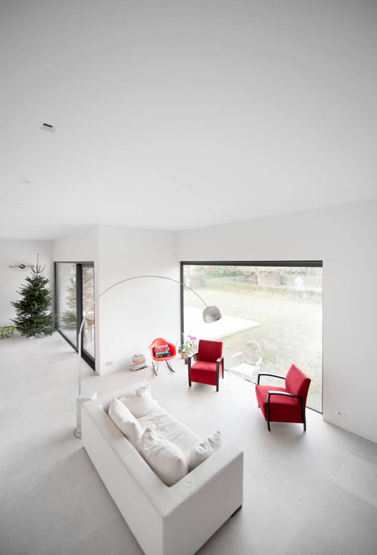 G31:  Woonkamer door das - design en architectuur studio bvba