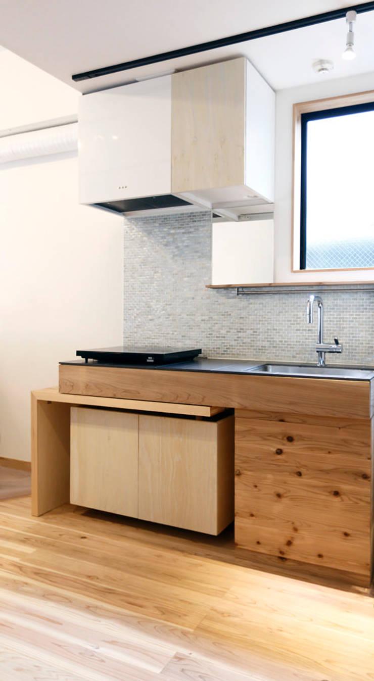 キッチンデザイン: VOLOが手掛けたキッチンです。