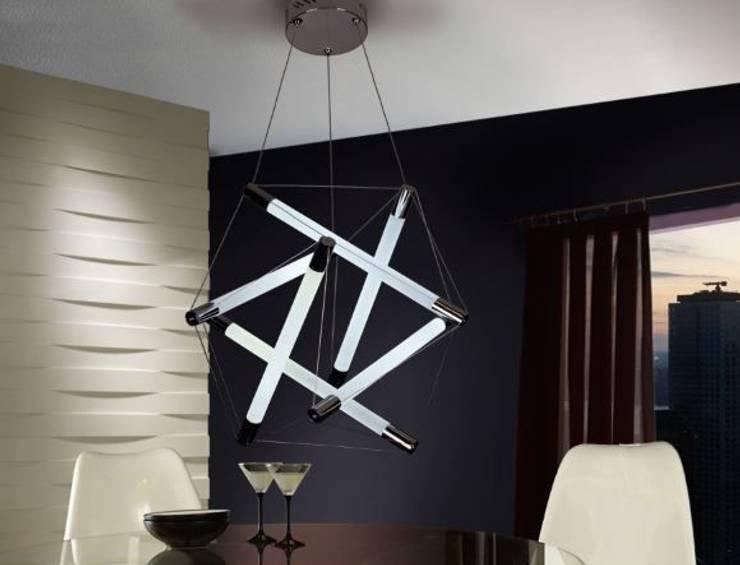 Mesas de design com tampo madeira natural Design tables with top in natural wood  SUEZ: Sala de estar  por Intense mobiliário e interiores;,