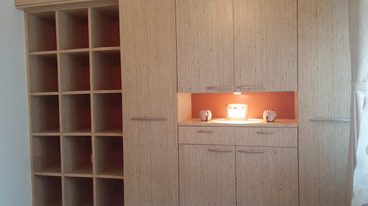 Wardrobe: modern Bedroom by Nandita Manwani