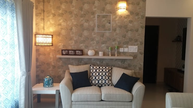 Living Room:  Living room by Nandita Manwani
