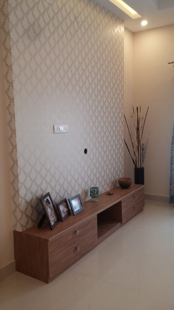 TV Unit: minimalistic Media room by Nandita Manwani