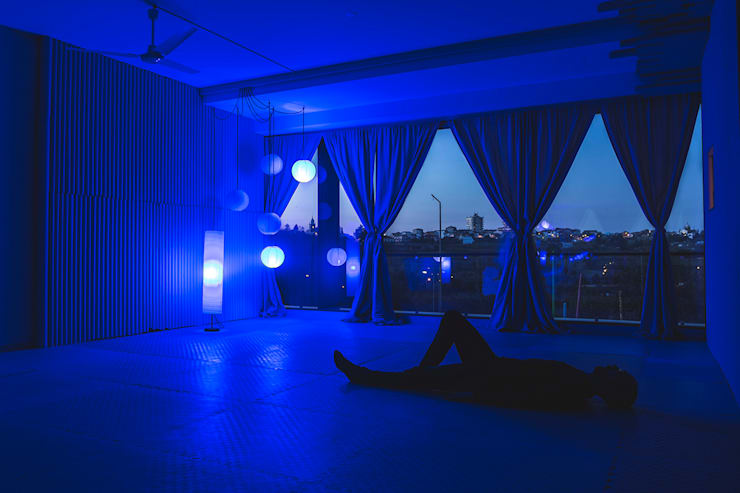 Gayatri – espaço de yoga: Lojas e espaços comerciais  por o que quero ser quando for grande,