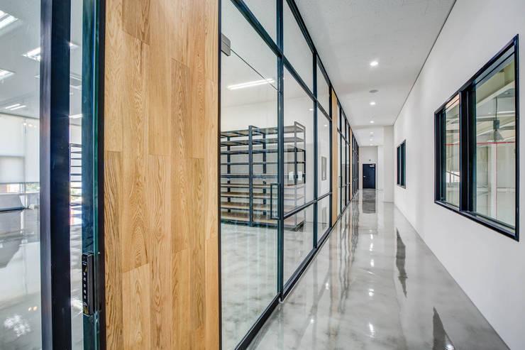 사무실 설계 및 인테리어: 디자인사무실의  회사