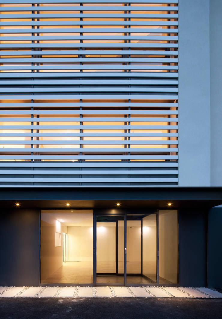Casas de estilo  por 디자인사무실