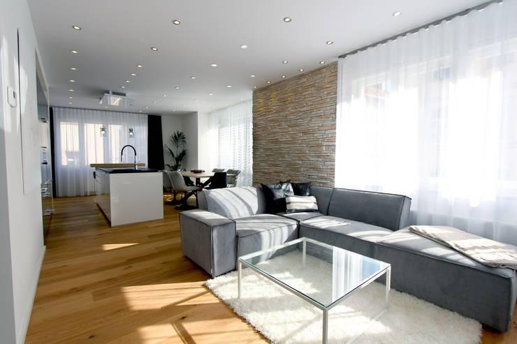 Designer Wohnung_Innere Stadt Von StageBella