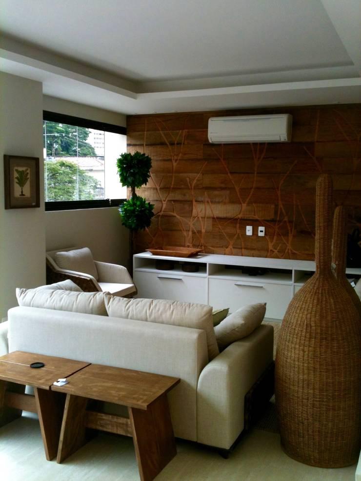 Apartamento Chácara Klabin: Salas de estar  por TR3NA Arquitetura,