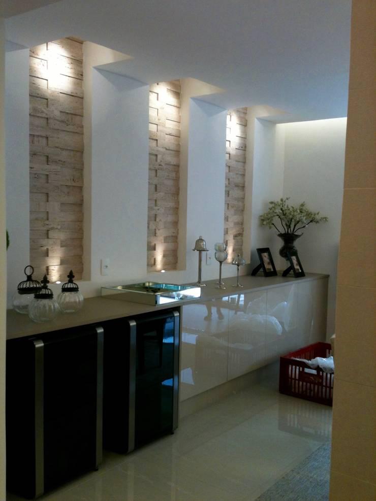 Apartamento Chácara Klabin: Salas de jantar  por TR3NA Arquitetura,
