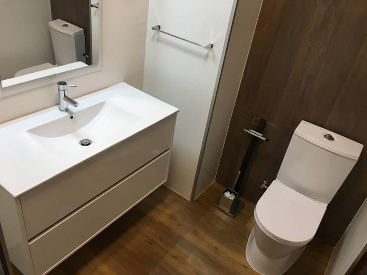 Mediterranean style bathroom by Obras & Detalhes, Engenharia e Construção Mediterranean