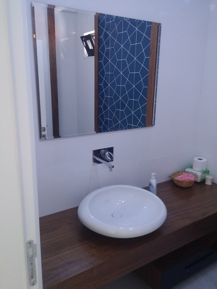 sezgin inşaat-mobilya – BANYO DOLABI:  tarz , Kırsal/Country Ahşap Ahşap rengi