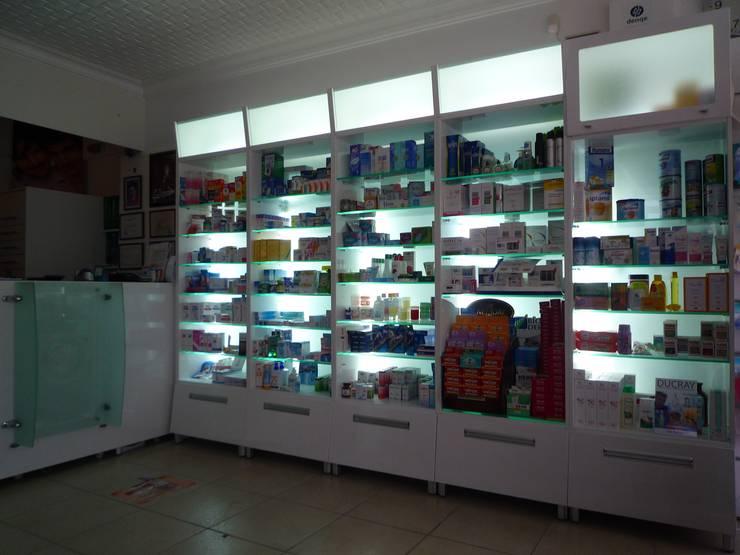 Majestik Mutfak & Mobilya – ozan eczanesi:  tarz Hastaneler, Modern Orta Yoğunlukta Lifli Levha