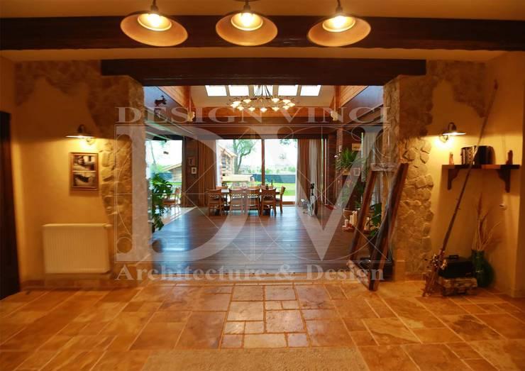 Pasillos y recibidores de estilo  por Design Vinci