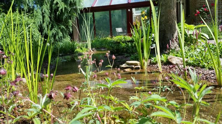Tuinen:  Tuin door GroenerGras Hoveniers