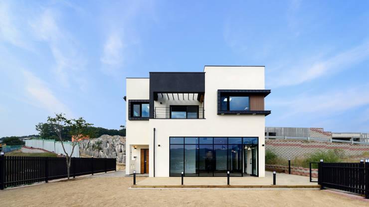 아산 창암리: 코원하우스의  주택
