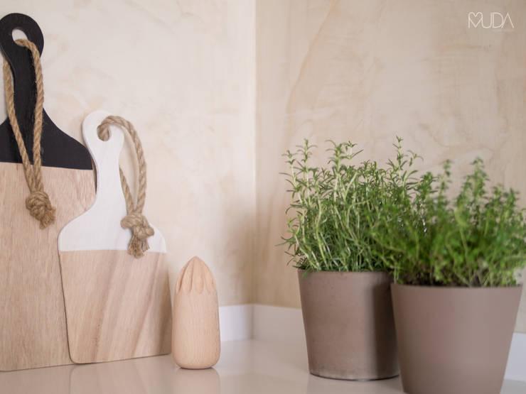 Cocinas de estilo  por MUDA Home Design