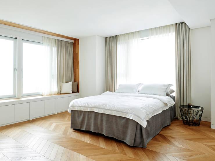 HP 14: 히틀러스플랜잇의  침실,모던