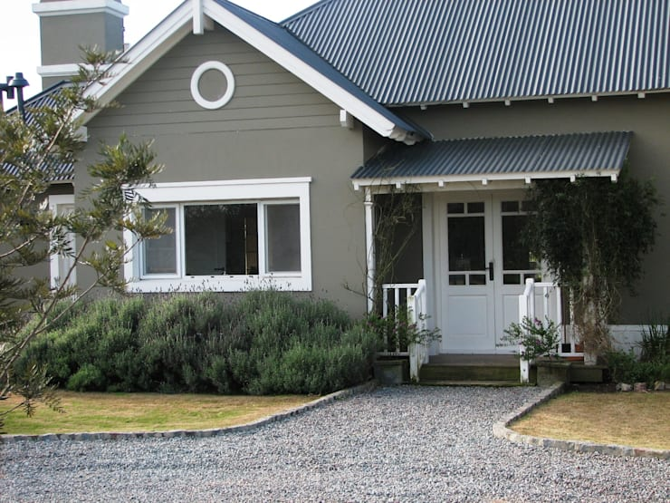 Casa en Santa Catalina - Open Door - Pcia de Buenos Aires: Casas de estilo rural por Rocha & Figueroa Bunge arquitectos