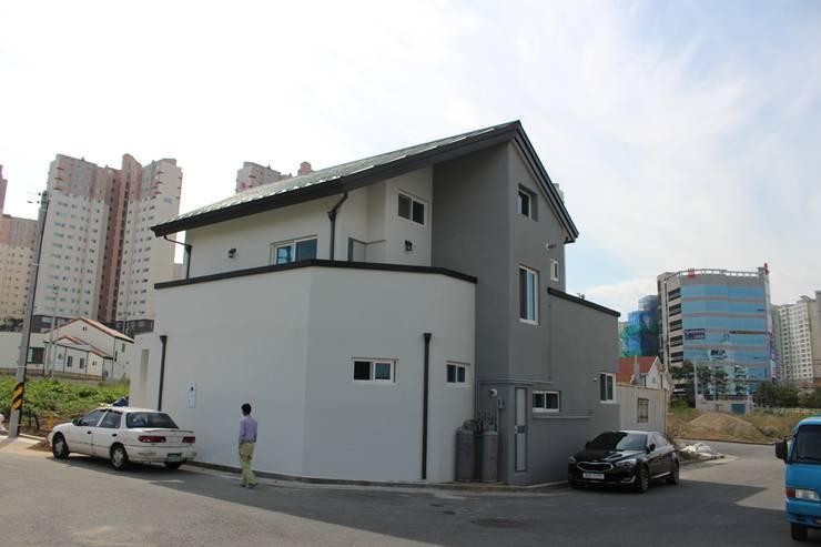 사동 60: DA건축사사무소(Architects DA)의  주택,모던