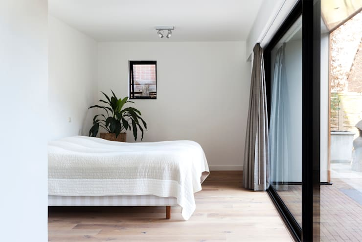 Kamar Tidur by Kevin Veenhuizen Architects