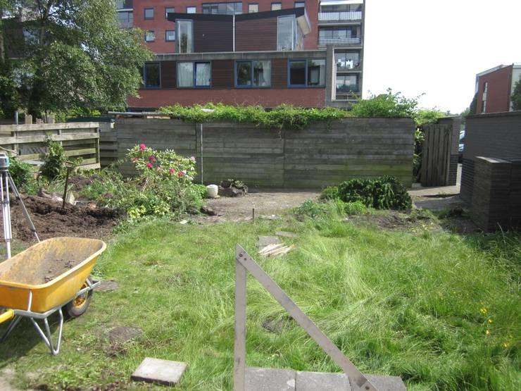 庭院 by GroenerGras Hoveniers