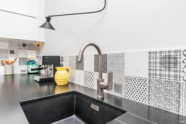 Cocinas de estilo  por Pixcity, Moderno