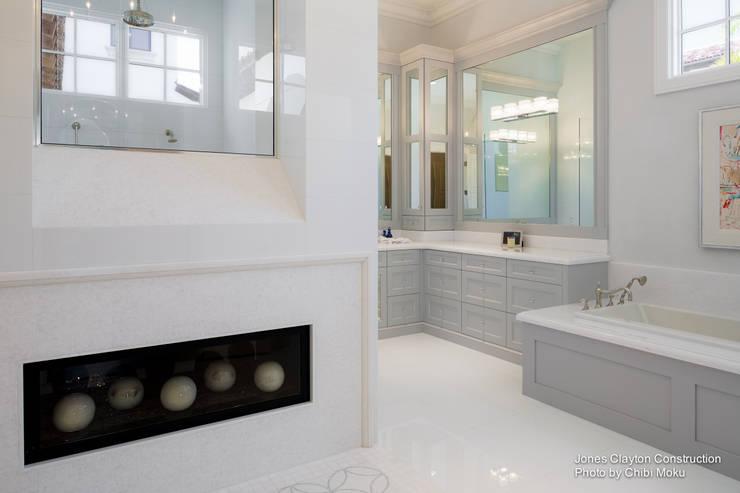 Ванные комнаты в . Автор – Chibi Moku