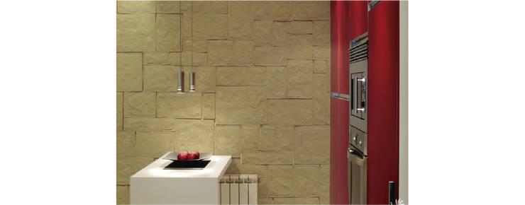 Piedra Almodonada Paja: Paredes y pisos de estilo moderno por ENFOQUE CONSTRUCTIVO