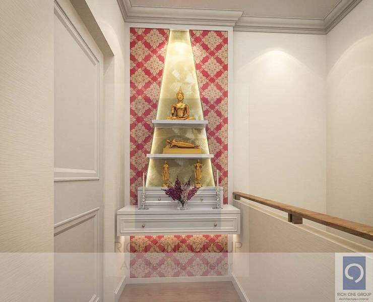 7 งานออกแบบห้องพระ จัดห้องพระอย่างถูกวิธี เป็นมงคลกับบ้าน:   by ริชวัน กรุ๊ป