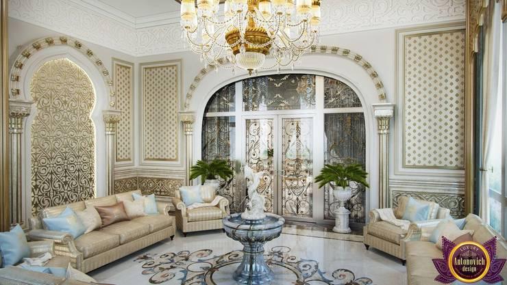 Perfect interiors of Katrina Antonovich:  Living room by Luxury Antonovich Design, Classic