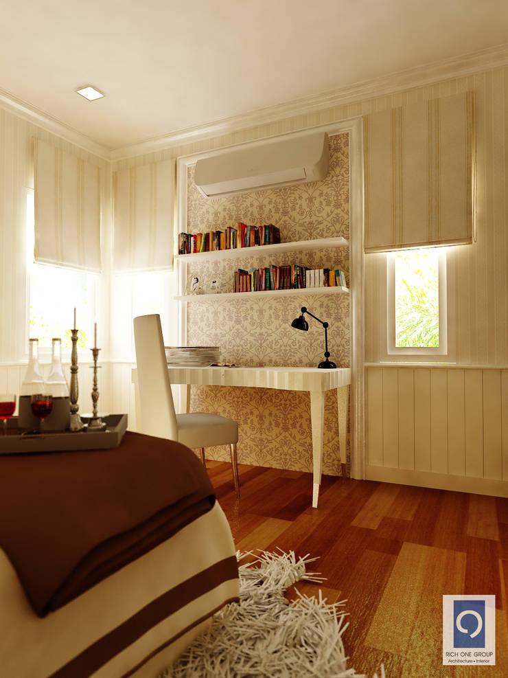 งานออกแบบ สไตล์รีสอร์ท สไตล์อังกฤษ ที่ไม่ว่าจะอยู่มุมไหนของบ้านก็ไม่น่าเบื่อ:   by ริชวัน กรุ๊ป