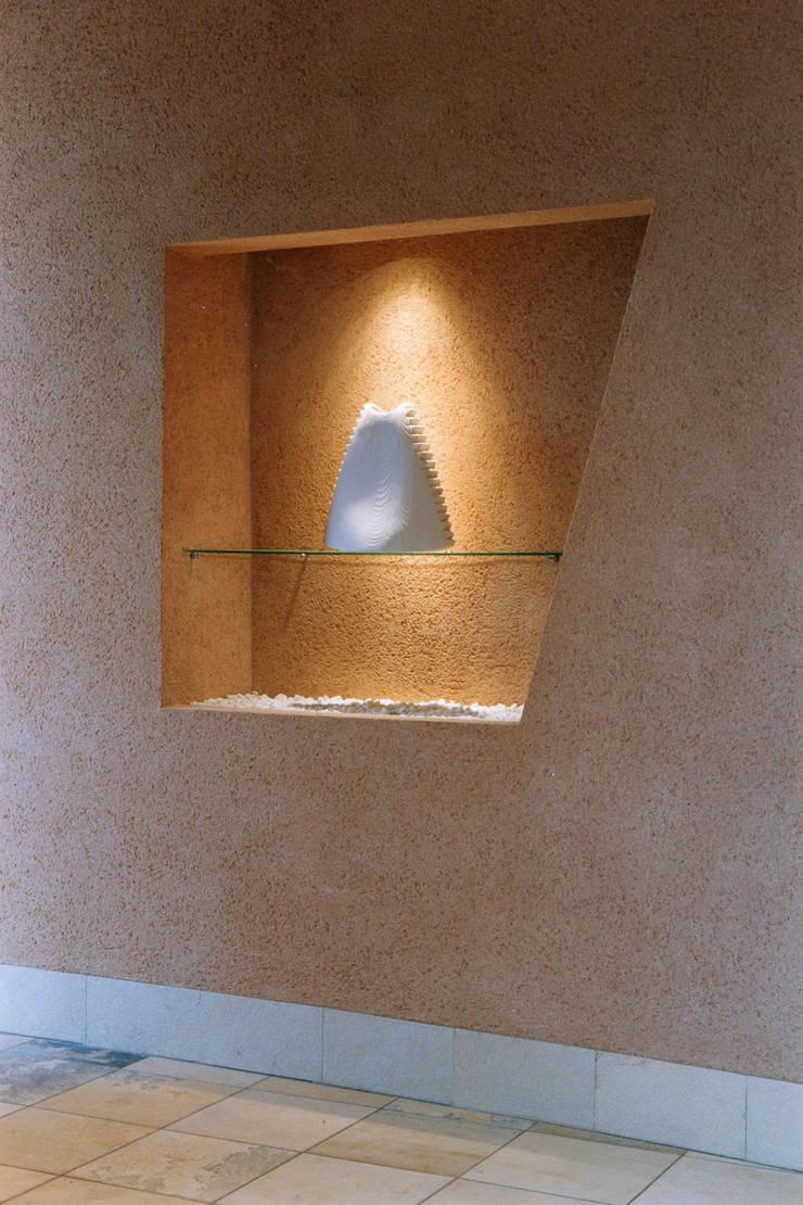 玄関のニッチ 地中海スタイル 玄関&廊下&階段 の 豊田空間デザイン室 一級建築士事務所 地中海