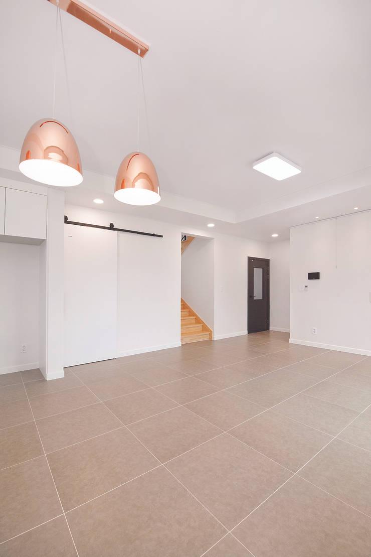 선적리 전원주택: (주)그린홈예진의  거실