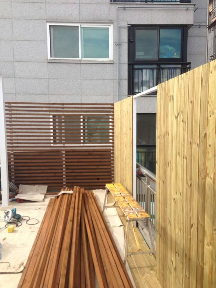 신림동 옥상 프로젝트: 다임디자인의  차고