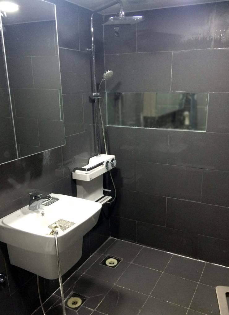 하월곡동 동신아파트: 다임디자인의  욕실
