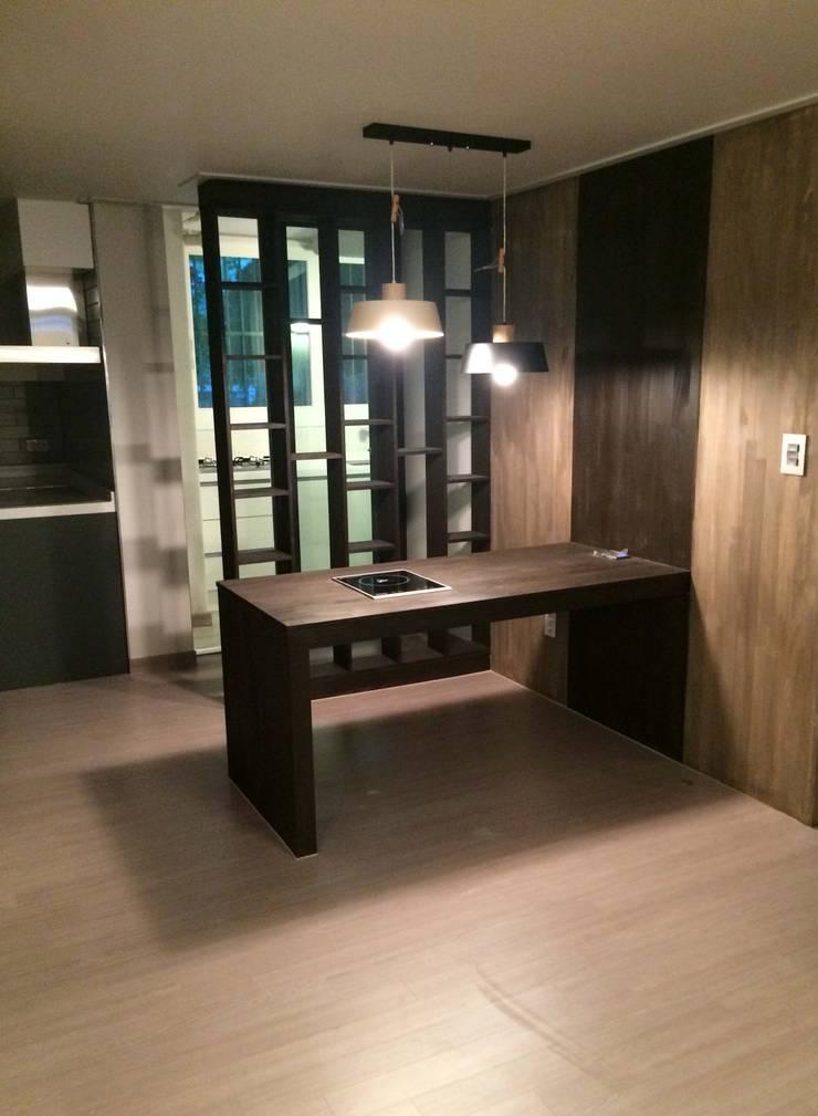 하월곡동 동신아파트: 다임디자인의  주방