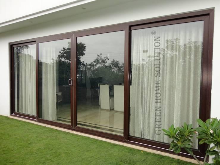 Elegant Sliding Door:  Windows by Green Home Solution