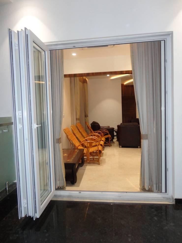 Elegant Windows & Doors :  Windows by Green Home Solution,Asian
