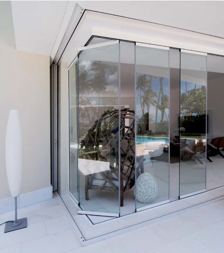 Cerramiento acristalado sin perfiles verticales Seeglass One en terraza: Ventanas de estilo  por AYUSO EURO SYSTEMS, S.A. DE C.V.