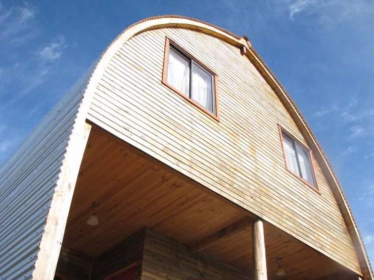 Projekty, nowoczesne Domy zaprojektowane przez Estudio Terra Arquitectura & Patrimonio